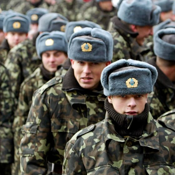 Армейские кепки-снепбек