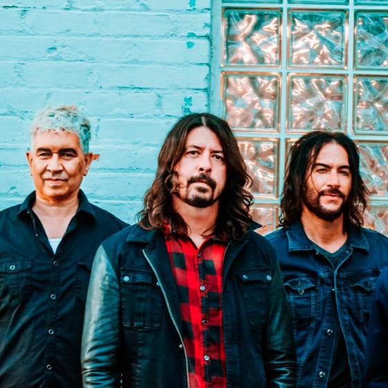 Футболки Foo Fighters