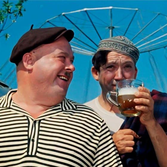 Женские свитшоты из советского кино